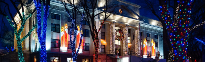Prescott, AZ:  Courthouse Lit Up For The Holidays